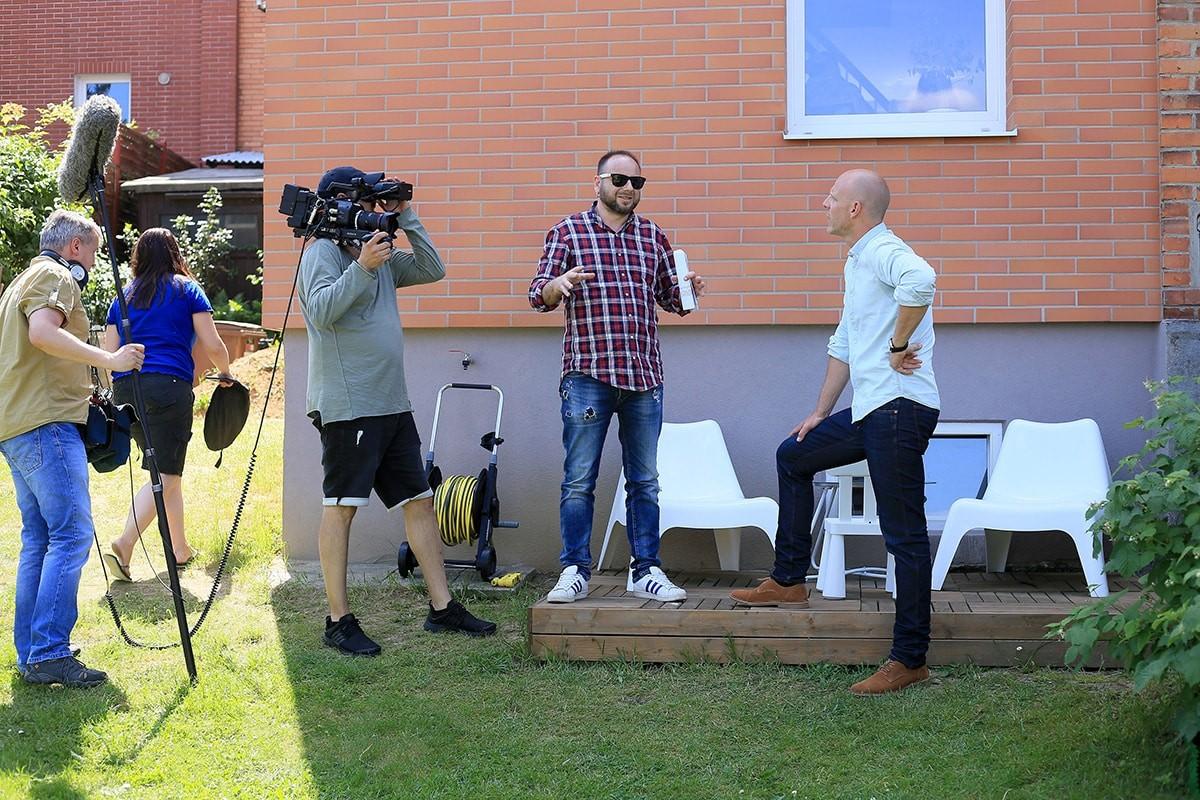 Ferdinand Leffler při natáčení druhé série pořadu Ferdinandovy zahrady