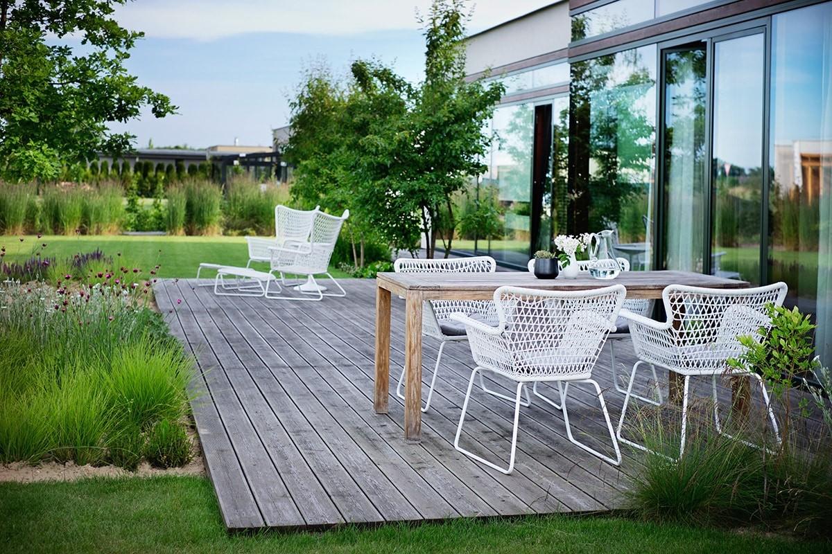Zahrada s lehkostí je dílem zahradních architektů Flera design