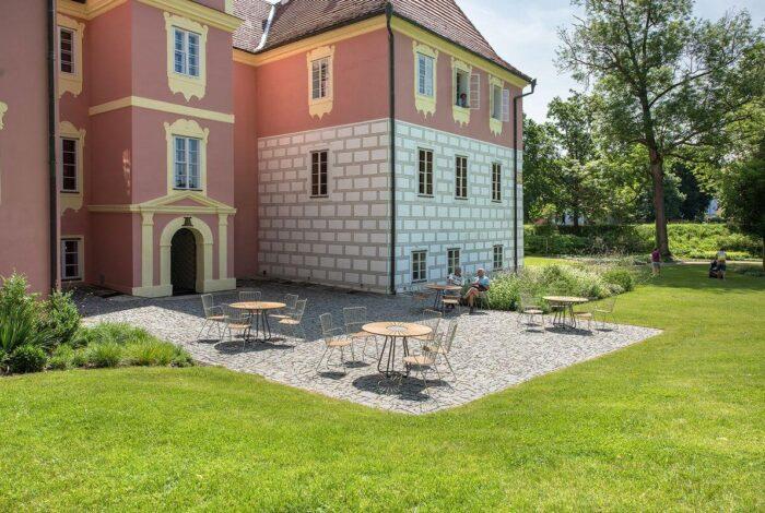 Zámek Mitrowicz je skvělým příkladem kvalitní práce zahradních architektů z atelieru Flera