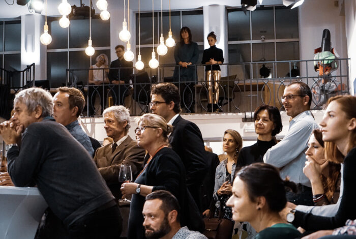 Atmosféra podniku Záletná při projevu Ferdinanda Lefflera na křtu knihy Zelené pokoje